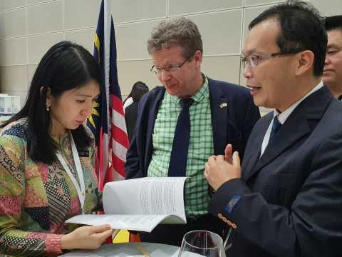 191010 Briefing YBM Yeo Bee Yin on the Biomass Review during IGEM 2019